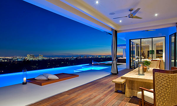 House with an 80 foot pool what we do is secret for Luxury homes for sale in beverly hills